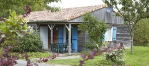 Réservez villas et gîtes à petit prix dans camping familial en campagne Poitou Charente