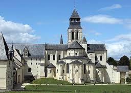 Découvrir la ville de Fontevraud et son château proche Anjou, Vannes, Tours