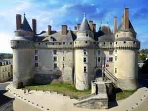 Locations vacances avec enfants dans des lieux insolites vers Saumur